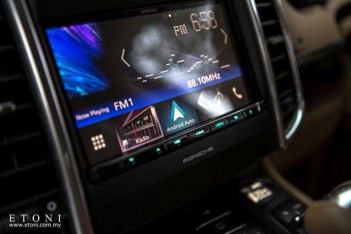 Porsche Japan radio solution - Porshce - Car Brand